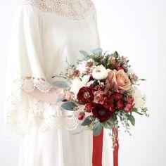 Tuxedo Dress, Bride Bouquets, Ohana, Lovely Dresses, Red Wedding, Every Girl, Satin Dresses, Fresh Flowers, Unique Vintage