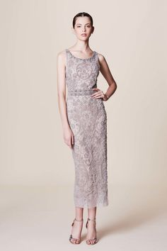 Get inspired and discover Marchesa trunkshow! Shop the latest Marchesa collection at Moda Operandi. Fashion Week, Fashion 2017, Runway Fashion, Fashion Show, Fashion Dresses, Bridal Fashion, Beautiful Gowns, Beautiful Outfits, Marchesa Fashion