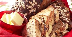 Christmas bread with nuts and dates Christmas Bread, Banana Bread, Baking, Desserts, Food, Danish Recipes, Bread Making, Tailgate Desserts, Deserts