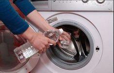Iată cum poți să cureți mașina de spălat fără produse chimice