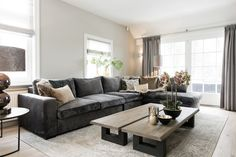MaisonManon Woonkamer. Living Room Plan, Living Room Sofa, Apartment Living, Home And Living, Living Room Decor, Living Spaces, Small Space Interior Design, Interior Design Living Room, Happy New Home