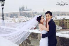 Pre-wedding photo at Charles Bridge in Prague. Charles Bridge, Prague, Wedding Photos, Wedding Photography, Wedding Dresses, Fashion, Marriage Pictures, Bride Dresses, Moda