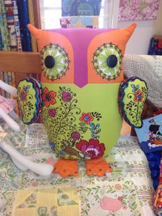 Meet Owl-ivia, our glorious patchwork owl. Made from a panel of fabric and decorated with some effective sequin work! So striking -Magic Patch Quilting