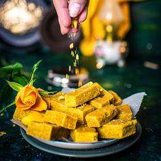 Pak - How to Make South Indian Ghee Mysore Pak Mysore Pak is an aro Kulfi Recipe, Jamun Recipe, Chaat Recipe, Indian Dessert Recipes, Indian Snacks, Sweets Recipes, Indian Sweets, Vegetarian Recipes Videos, Cooking Recipes
