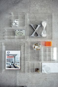 Transparent acrylic boxes that seem disappear to let only the objects visible with a simple and elegant frame Lucite Furniture, Acrylic Furniture, Box Shelves, Shelving, Display Shelves, Acrylic Display, Acrylic Box, Home Decor Trends, Plexus Products