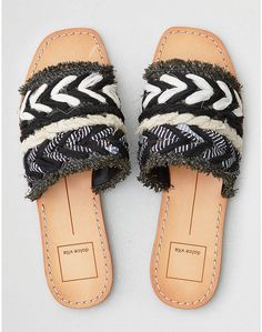 4ff99a83a11883 Very cute sandals from American eagle.  bohemian