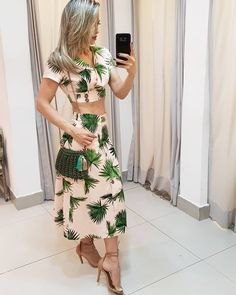 Image may contain: one or more people and people standing Punk Dress, Tropical Fashion, Western Wear For Women, Trendy Fashion, Womens Fashion, Fashion Forever, Dress Outfits, Dresses, Ideias Fashion