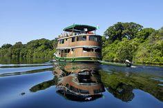 Turismo móvel: oito dias de barco pela Floresta Amazônica