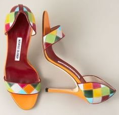 These cute little #Manolo's go great with everything in the summer. #manoloblahnikheelsspringsummer