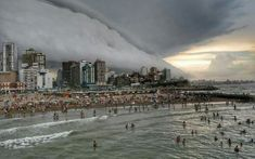 This is surreal. Look at these pictures of a furious storm engulfing the beach at Mar del Plata, Argentina on January Paris Skyline, New York Skyline, Storm Clouds, Natural Phenomena, Mind Blown, Surrealism, Around The Worlds, Weather, Earth