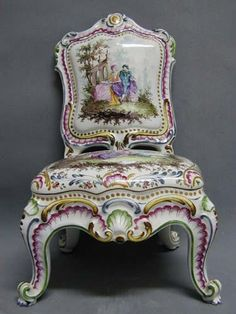 Rare antique Italian Capodimonte figural faience chair with incredible enamel hand painting throughout . Porcelain Ceramics, China Porcelain, Porcelain Jewelry, Funky Furniture, Antique Furniture, Decoration, Art Decor, Antique Collectors, China Art