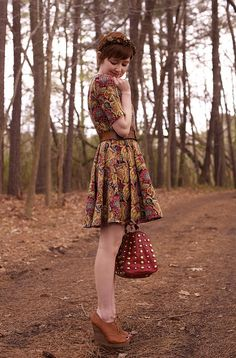 The Clothes Horse: Wind And Birds Have Sowed Moda Retro, Moda Vintage, Pretty Outfits, Fall Outfits, Cute Outfits, Looks Vintage, Style Vintage, Vintage Decor, Look Fashion