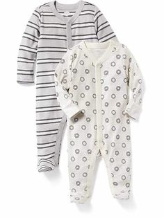 Gender neutral baby, comfortable fashion, maternity wear, old navy, baby bo Mens Fashion Summer Outfits, Sporty Outfits, Mens Fashion Suits, Baby Boy Outfits, Long Sleeve Playsuit, Indian Men Fashion, Maternity Wear, Comfortable Fashion, Old Navy
