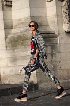New Trending Street Style: nirwanaa:  15x20:  more like this ♡  fashion &....  nirwanaa:  15×20:  more like this ♡  fashion & streetstyle  www.fashionclue.net   Street Fashion, Style & Outfits