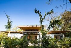Nalu  hotel boutique y estudio de yoga - Studio Saxe  210bae91133