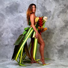 """""""The Birth Of Fashion Revisited"""" project of foliage couture by Louda Larrain inspired by the exuberant nature of Kauai. Photography: Gilles Larrain (www.gilleslarrain.com) Model: Juliana Alati"""