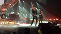 Last night they were rock'n it #AdamLambert #Queen @MYNAMEISKHANcdn pic.twitter.com/b5uNrjrI0X