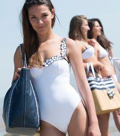 sac de plage et maillot de bain 1 pièce