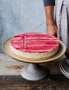 Rhubarb and custard cheesecake