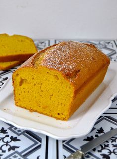Bizcocho de calabaza asada Calabaza Recipe, Healthy Desserts, Dessert Recipes, Colombian Food, Colombian Recipes, Pan Dulce, Pastry And Bakery, Just Cakes, Dessert Bread
