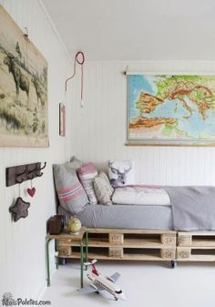 Love this pallet bed and the overall decor! Pallet Beds, Pallet Furniture, Decor Room, Bedroom Decor, Home Decor, Bedroom Inspo, Home Bedroom, Kids Bedroom, Awesome Bedrooms