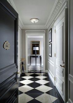St Regis Hotel New York, checkered floor design. Black And White Interior, Black And White Tiles, Black White, Black And White Flooring, White Marble, Black Milk, Home Staging, Floor Design, House Design