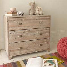 Styled solid wood Nutkin chest of drawers