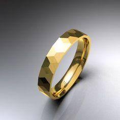 Alianza de boda d'alba. Alianzas y anillos de boda
