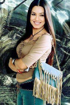 Mahima Chaudhary Hot Pose.. #MahimaChaudharay Via www.fondpix.in