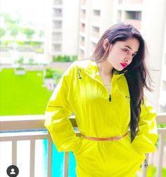 Ayeza Khan Wedding, Rain Jacket, Windbreaker, Raincoat, Girls, Jackets, Fashion, Toddler Girls, Down Jackets
