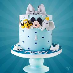 "978 mentions J'aime, 14 commentaires - Little Cherry Cake Company (@cherrycakeco) sur Instagram: ""#Pluto #mickey #dumbo #instacake #cake #cherrycakeco #birthday"""