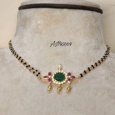 Jewelry Design Earrings, Gold Earrings Designs, Beaded Jewelry, Black Diamond Chain, Black Gold Chain, Gold Bangles Design, Gold Jewelry Simple, Ruby Beads, Lockets