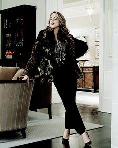 Elizabeth Gillies – Join the world of pin Elizabeth Gillies, Dynasty Tv Show, Orphan Black, Liz Gilles, Der Denver Clan, Tv Show Outfits, Glamour, Woman Crush, Light Brown Hair