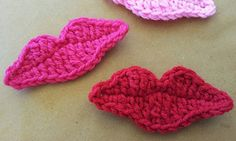 free crochet lip appliqué. can see this one valentines day cards. ravelry