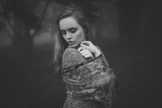 Natural outdoor portraits with megan bea tiernan in mist, fog forest in killiney hill  0028
