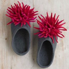 Felted Wool Chrysanthemum Slippers | VivaTerra