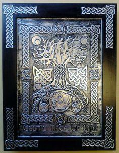 tree of life Tree Of Life Art, Celtic Tree Of Life, Celtic Symbols, Celtic Art, Celtic Knots, Celtic Decor, Celtic Crafts, Mayan Symbols, Celtic Dragon