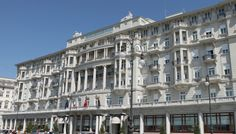 Savoia Excelsior Palace is one of the best luxury hotel in Trieste, Italy, with stunning views on the Gulf near Piazza Unità d'Italia. Bristol London, Rome Hotels, Trieste, Great Hotel, Hotel Reservations, Beautiful Hotels, Hotel Deals, Where To Go, Trivia