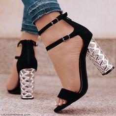 #lolashoetique #lola #rosegold #silver #black #denim #metallic #blockheels #heels #blockheels #summer #streetstyle #fashion #fashionista #cute #sexy #spring