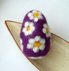 Easter felted egg Lavender with daisies handmade