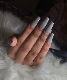 Gorgeous Ombre Acrylic Coffin Nails To Wear Vibrant Nail Colors - Eazy Vibe Gold Nail Art, Marble Nail Art, White Nail Polish, Silver Nails, White Nails, Chrome Nails Designs, Bright Nails, Nail Art Brushes, Nail Patterns