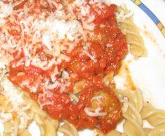 Rezept Hackbällchen mit Parmesan in Tomatensoße von sannetaucht - Rezept der Kategorie Hauptgerichte mit Fleisch