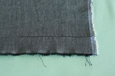 grain lines  http://www.coletterie.com/fabric-haberdashery/grainline-finding-the-grain