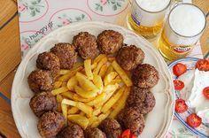 Κεφτέδες με Ούζο Greek Recipes, My Recipes, Greek Meze, Greek Beauty, Different Recipes, Recipe Collection, Sweets, Beef, Ethnic Recipes
