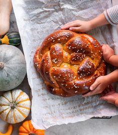 Maple Pumpkin Challah recipe by Ruth Tam Sourdough Challah Recipe, Challah Bread Pudding, Challah Bread Recipes, Sandwich Bread Recipes, Sourdough Recipes, Bread Puddings, Sicilian Recipes, Jewish Recipes, Sicilian Food