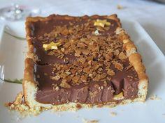 La tarte au chocolat, depuis quelques semaines c'est mon nouveau dessert préféré. Mais attention, pas la tarte au chocolat noir trop amère, mais la tarte au chocolat au lait très gourmande, avec un...
