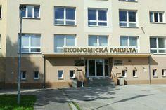 ekonomicka fakulta ceske budejovice - Recherche Google Economics, Tours, Mansions, House Styles, Google, Home Decor, Decoration Home, Manor Houses, Room Decor