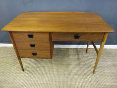 Retrocraft Design : Storage : Bassett Mid Century Desk