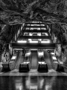 Escalators by Stefan Schnöpf on 500px