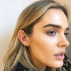 Chloe Lloyd came into our London store for a few more piercings! Her stunning look incorporates a striking duo of Diamond Star and Diamond Lightning Bolt studs in the conch and Tash Rook, respectively. A pair of hoops, one spiked and another in the Diamond Eternity style, decorate the ear's lobe. (Shop this Style - Link in our Profile)⠀⠀⠀⠀⠀⠀ .⠀⠀⠀⠀⠀⠀⠀ : @pennypiercer⠀ : @chloelloyd⠀⠀⠀⠀⠀⠀ .⠀⠀⠀⠀⠀⠀⠀ #mariatash #earcandy #diamond #CuratedEar #tashrook #tashrookpiercing #conch #conchpiercing⠀⠀ ...